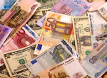 Доллар снова превысил отметку