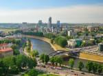 Литва смогла выполнить все требования и в результате чего будет принята в зону евро