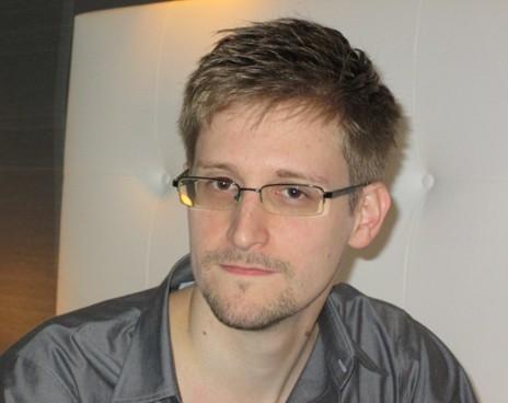 Сноуден: «Манифест за правду»